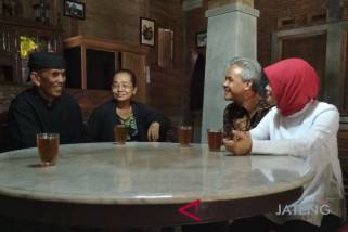 Ganjar kunjungi tokoh Samin di Kudus (VIDEO)