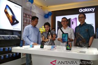Samsung buka gerai ponsel di Kudus