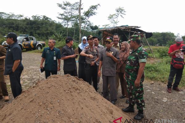 Merusak lahan pertanian, DPRD Batang hentikan aktivitas galian C