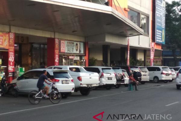 Pendapatan melonjak setelah parkir dikelola swasta
