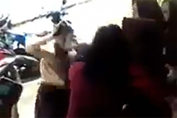 Video perkelahian antarsiswi di Banjarnegara hebohkan warga