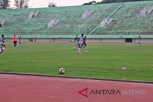 Stadion Manahan rencana direnovasi seperti GBK mini