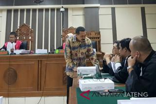 Terima fee, mantan Kepala Perhutani Jateng dituntut 4 tahun