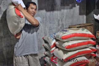 Stok mencukupi, harga beras di Solo stabil