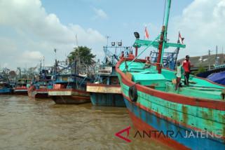 Nelayan Jateng diimbau urus izin cantrang