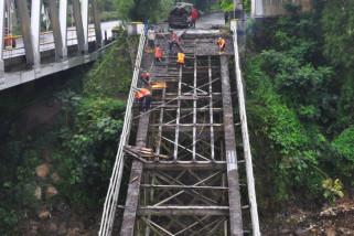 Pembongkaran jembatan Progo