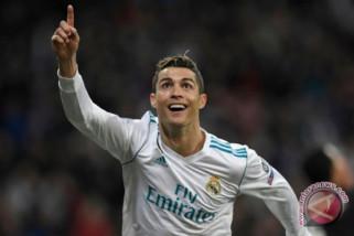 Cristiano Ronaldo tidak bertato karena secara berkala donor darah