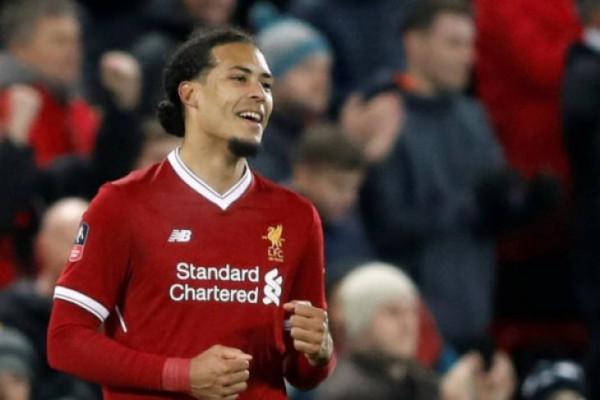 Van Dijk:  Jangan khawatirkan lini pertahanan Liverpool