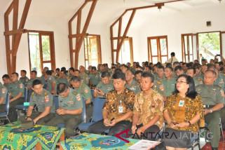 Anggota Korem 074/Warastratama ikuti pembinaan ketahanan pangan