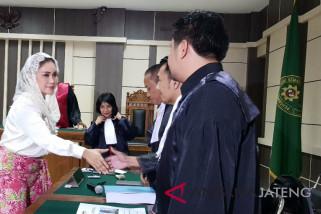 Siti Masitha minta hak politiknya tak dicabut
