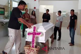 Jenazah WNA pendaki Merbabu dikremasi di Semarang