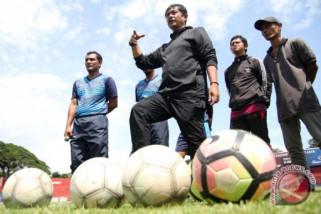 Ditarget juara, Indra Sjafri: Bekerja keras dan kurangi jam tidur