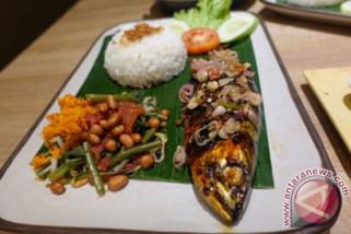 Wisatawan mancanegara tertarik Makassar Culinary Night