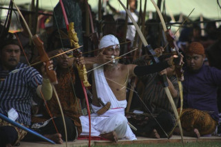 Lomba memanah gaya Mataram