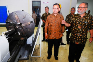Sudirman Said kunjungi industri logam
