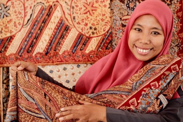 Menyelamatkan Rifaiyah, batik multikultur dengan spirit Islam