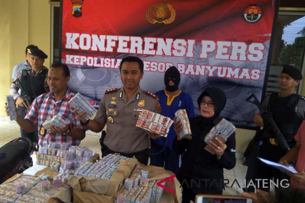Penjual puluhan ribu petasan di Banyumas ditangkap (VIDEO)