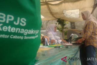 BPJS Ketenagakerjaan bagikan 750 paket sembako murah