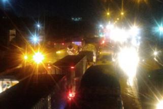 Jalur Kaligawe Semarang macet akibat banjir