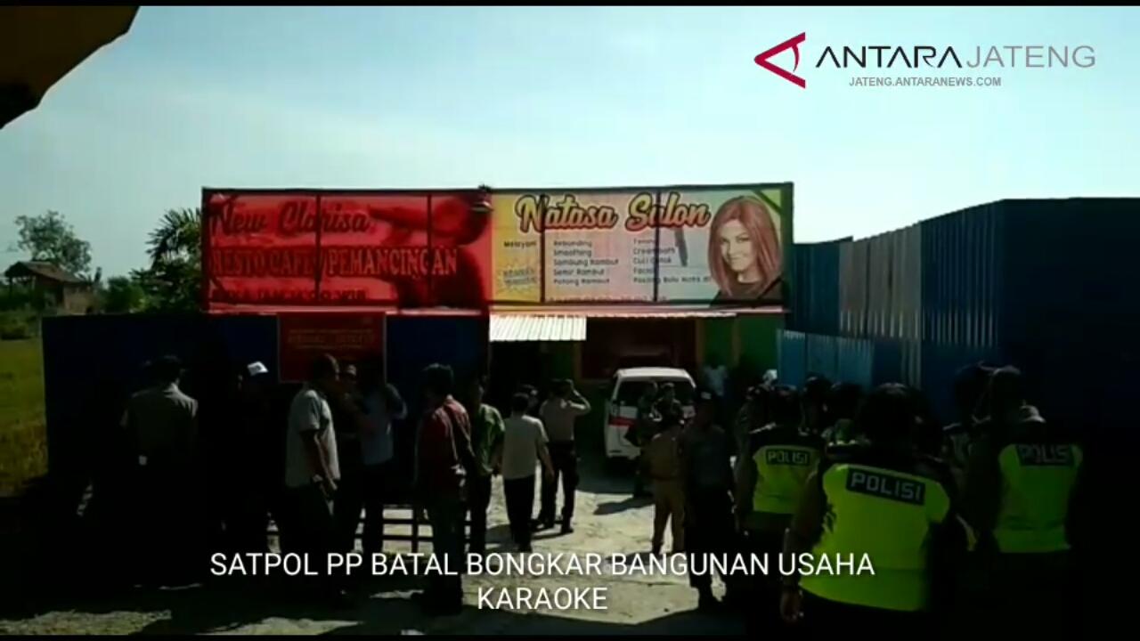 Satpol PP batal bongkar bangunan usaha karaoke