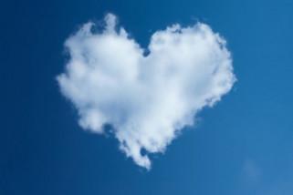 Mengenali bahasa cinta pasangan penting agar hubungan harmonis