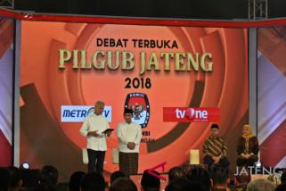 Ganjar-Yasin tampilkan data saat debat Pilgub Jateng