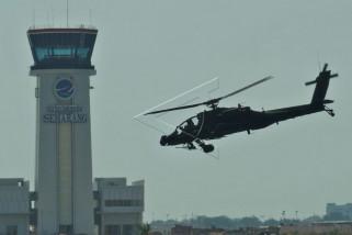 Penyerahan helikopter apache