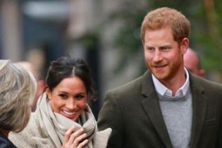 Suvenir bergambar Pangeran Harry dan Meghan laris manis di Los Angeles