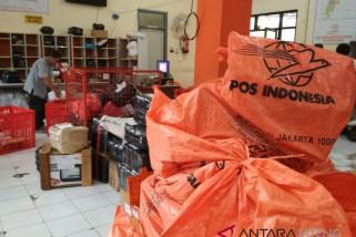 Melonjak, pengiriman paket melalui jasa pos