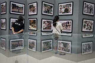 Pameran fotografi refleksi peristiwa Mei 1998
