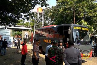 58 tahanan kasus terorisme dipindahkan dari Nusakambangan (VIDEO)