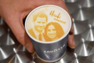 Toko roti di Windsor jual kopi
