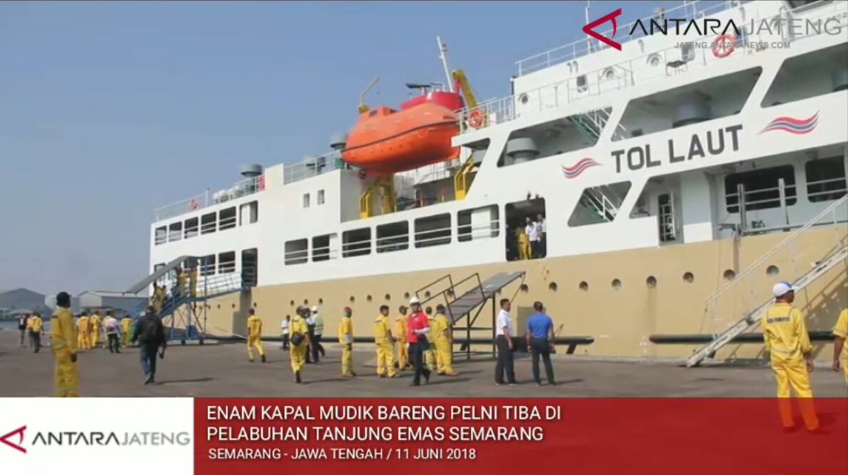 Video - Enam kapal mudik bareng PELNI tiba di Pelabuhan Tanjung Emas Semarang