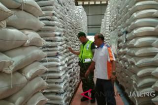Bulog pastikan stok beras di Jateng aman