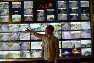 Pantauan arus lalu lintas tol dalam kota Semarang
