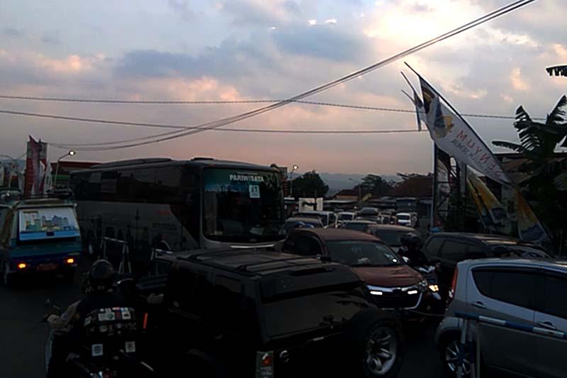 Video - Arus balik ruas Ajibarang-Brebes tersendat