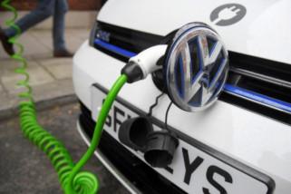 Inggris akhiri penjualan mobil bensin dan diesel pada 2040