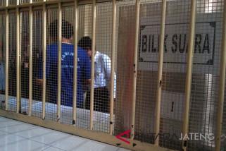 Tahanan Polres Banyumas gunakan hak pilih