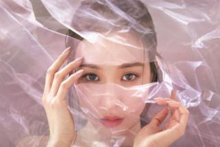 Penyanyi pop Tiffany Young rilis lagu perdananya solo internasional