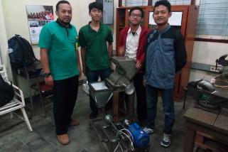 Mahasiswa Untidar ciptakan mesin pengolah limbah makanan
