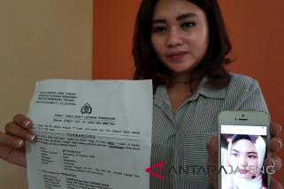 Istri pilot dipolisikan karena penipuan investasi