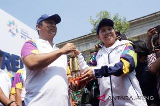 Bawa obor Asian Games, Yayuk berasa ingin terjun lagi