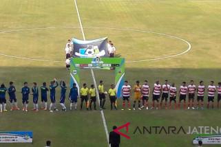 PSIS-Madura United tanpa gol