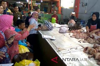 Ini penyebab harga daging ayam tidak turun-turun (VIDEO)