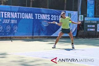 Aldila melaju ke semifinal setelah hentikan Zhuoma
