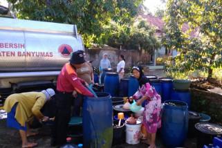 Kekeringan, BPBD Banyumas salurkan air bersih ke tujuh kecamatan