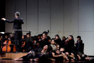 Tema hidung belang dasar pementasan orkestra
