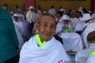 Calon Haji Tertua Banyumas dan 20 Tahun Penantian