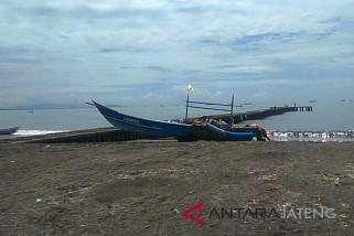 Nelayan Cilacap mulai melaut pascagelombang tinggi