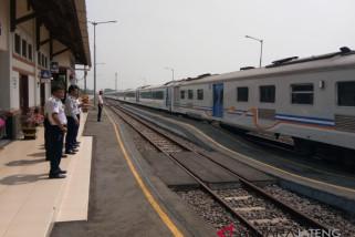 Banyak peminatnya, Pemkab usulkan KA berhenti di Stasiun Batang